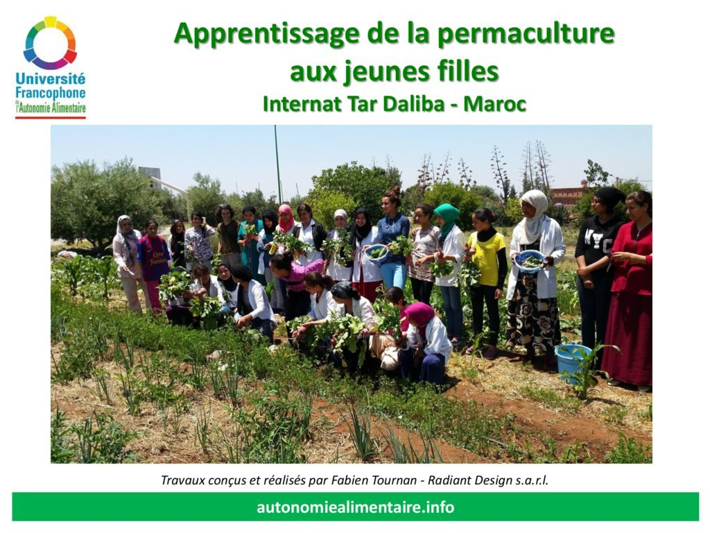 thumbnail of internat_de_jeunes_filles